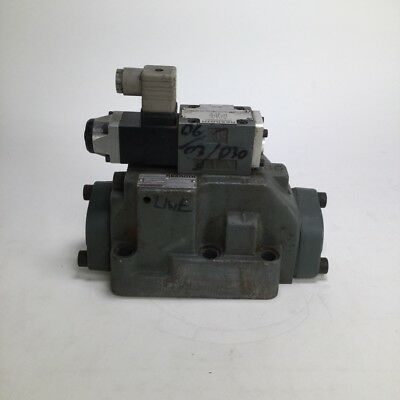 Rexroth 408266/5 Hydronorma Hydraulic Valve Ventil 4WEH22D7070 Used UMP