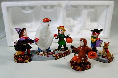 Vtg Dept 56 Halloween TRICK-OR-TREAT KIDS Village Yard Figures Accessories 3 pcs