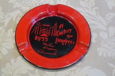 Great Chicago World Fair 1933-34 Souvenir Porcelain Ashtray  Brightly Colored