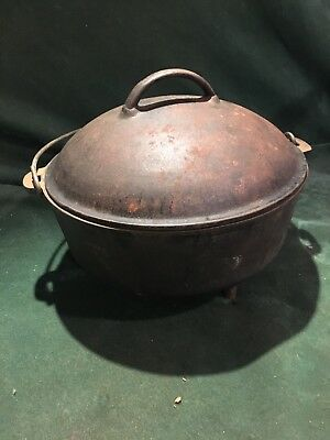 Antique Vintage #10 Cast Iron Footed Dutch Oven Lid Handle 10 inch Camping Pot