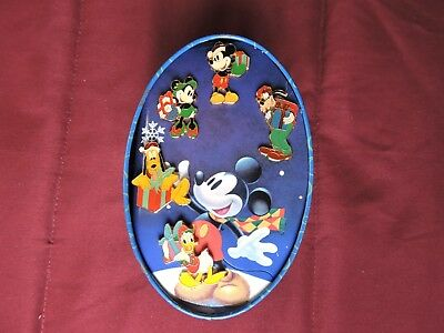 Disney Store 1998 An Enchanted Christmas Mickey & Friends 5 Pin Set In Tin