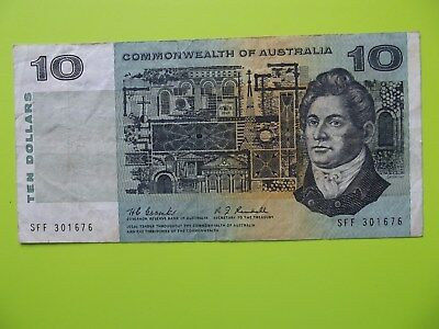 "1967 - ""Commonwealth of Australia"" - $10 Dollar Paper Banknote - Coombs/Randall"