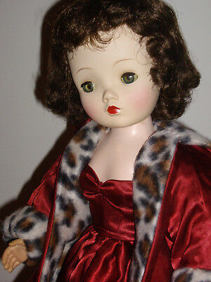 Vintage Madame Alexander Cissy Doll, GORGEOUS Brunette! Red Satin Gown & Coat!