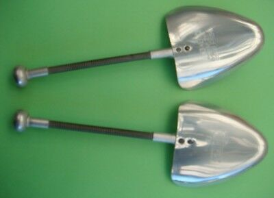 3 x Vintage Mens Metal Shoetrees/stretchers - Vic-Tree size 8-9 great condition