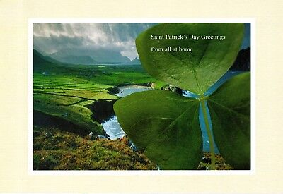 HQ -  XL Postcard   new  - HAPPY ST PATRICK'S DAY - beannachtai na feile padraig