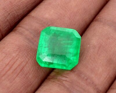 Stunning Natural Green Emerald, 11.10 Cts Emerald Shape GGL Certified Gemstone