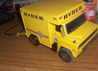 ryder truck from 1970s-rare-plastic/metal with opening back door-toy