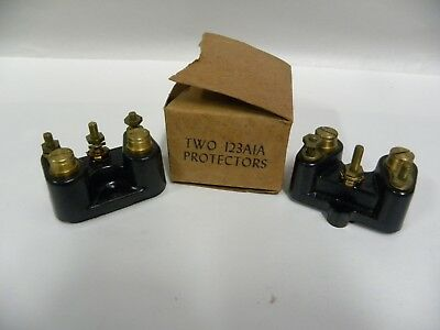 """Lot Of """"2"""" UNUSED Vtg Western Electric 123 A1A Telephone Protector Terminal (A4)"""