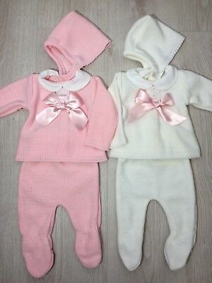 Baby Girls Spanish Knitted Suit with Peter Pan Collar & Bow 0-3 Months