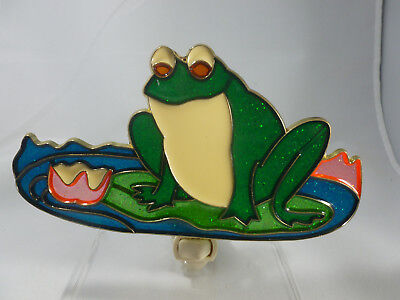 """Stain Glass Style - """"FROG ON A LILY PAD """"   NIGHT LIGHT"""