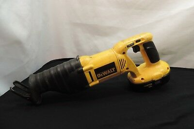 Dewalt 18V Reciprocating Saw W/ 18V Battery , Model # Dw938