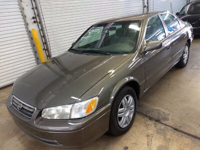 2001 Toyota Camry 4dr Sedan LE Automatic $5300 includes shipping! 52,000 Miles Florida nonsmoker WOW! accord corolla