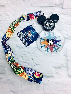 (NWT) Disney 2018 Discover The Magic Mickey Passport Animated Light Up Lanyard