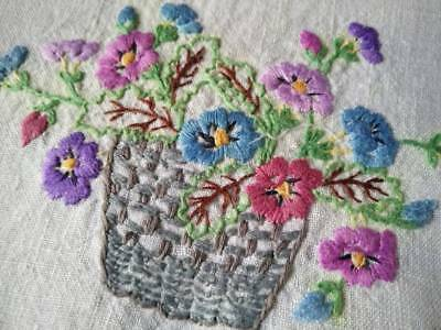 Wonderful Flower Baskets ~ Vintage Hand Embroidered Centrepiece/mat