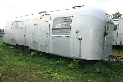 1963 Airstream Soverign 30 ft.