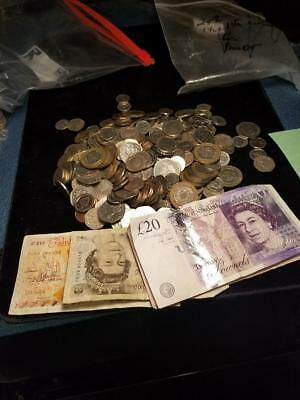 Great Britain 125 Pounds Current Exchange Coins & Banknotes + 115 Old Pounds UK
