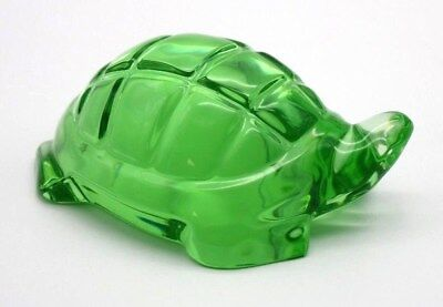 Lovely BACCARAT Crystal Green TURTLE Figurine Art Glass Paperweight
