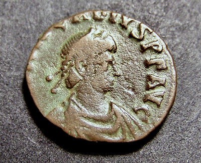 ARCADIUS, Glorious Emperor Holds Whole World in His Hands, Imperial Roman Coin
