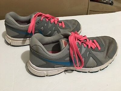 13fdfb0b7f02a NIKE WOMEN'S REVOLUTION 4 Running Sneakers. Size 9.5. Nice Shoes ...