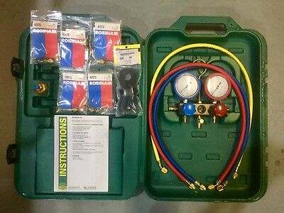 REFCO 2 Way Manifold With case & hoses refrigeration air conditioning gauges