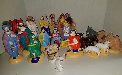 VINTAGE Atlantic Mold Ceramic Nativity 19 Piece Set Christmas Scene Hand-Painted
