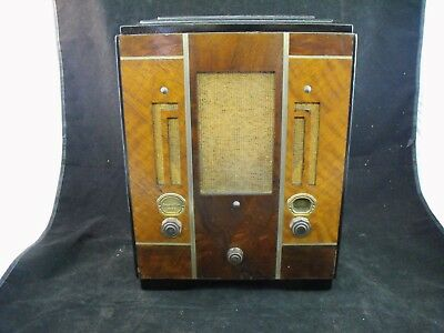 Atwater Kent Model 185A Wooden Table Radio ( Nice)