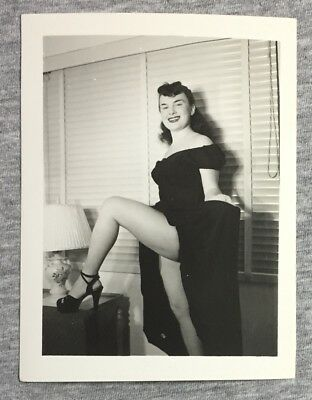 "Vintage c1940-49 ""NUDE MODEL POSING"" Original Risqué Pinup Photo 037"
