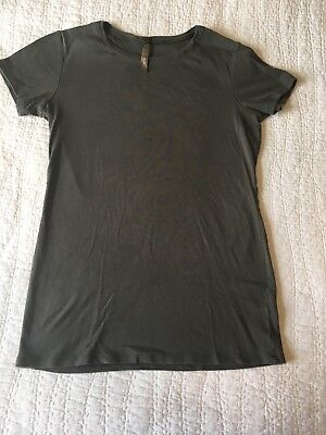 EUC Thyme Maternity M Medium Top T Short Sleeve Green