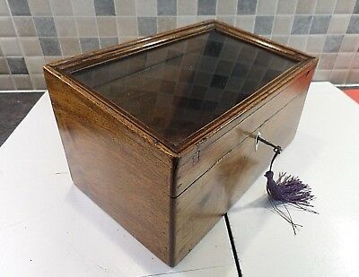 EARLY 19thC INLAID MAHOGANY TABLE TOP DISPLAY BOX WITH GLASS LID - LOCK & KEY