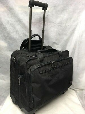 Victorinox Architecture 3.0 Trevi Spinner 4 Wheel Swiss Army Carry-On Laptop