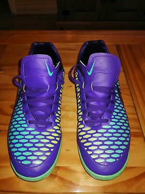 Nike magista trainers size 8 (42)