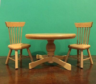Dollhouse Miniature Round Oak Dining/Kitchen Table And Two Chairs 1:12
