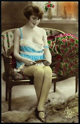 1910 Original FrenchTinted RPPC Nude Girl Voluptuous Beauty Stockings Lingerie