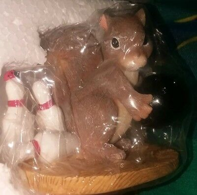 """Fitz & Floyd Charming Tails """"Spare Me"""" Special Edition Bowling Squirrel Figurine"""