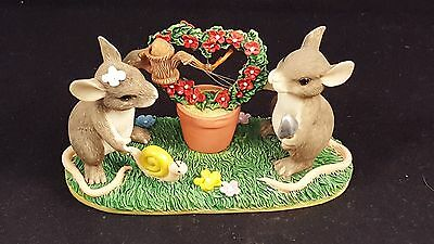 """Charming Tails """"Keeping Our Love Alive"""" Mouse  #89/710"""