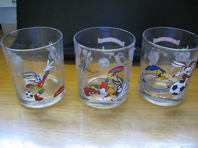 Penotti Looney Tunes Glasses. (Price Is For One Glass)