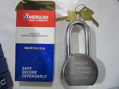 "American Lock 7011 Heavy Duty 2-1/2"" Wide Pad Lock Keyed Different 700 NEW!!!"