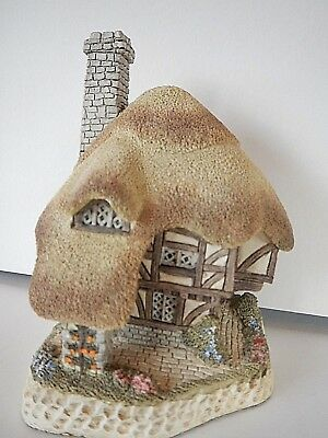 """British Traditions Hand Painted """"PUDDING COTTAGE"""" by David Winter ~ 1989"""