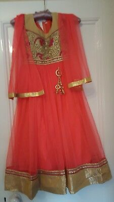 Girl's Sari outfit, Orange & Gold, Size 26, with glittery shoes, Exc.Cond.