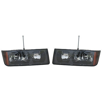 Fits 2002-2006 Chevy Avalanche 1500 Headlight Pair Driver Passenger Side CAPA