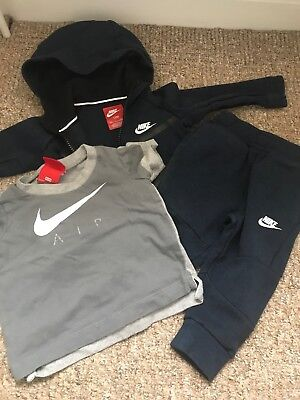 51ff423fd4320e NIKE AIR BABY Boy Tracksuit 9-12 Month - £10.50