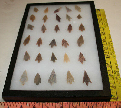 AUTHENTIC SAHARAN NEOLITHIC ARROWHEADS Small  30 pc GROUP #1