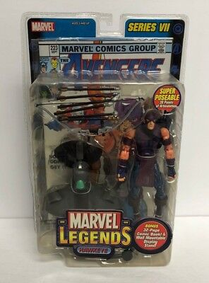 Hawkeye MARVEL LEGENDS 2004 action figure series VII with comic book