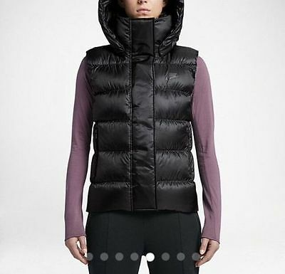 6c58f30e8338 Nike Sportswear Womens Hooded Down Vest Black Small S 809549-010  185 Msrp  New