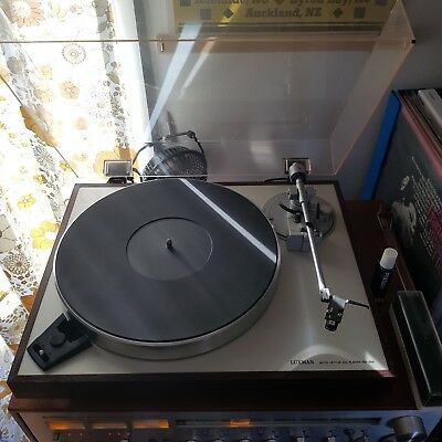 Vintage Luxman PD 284 Direct Drive Turntable