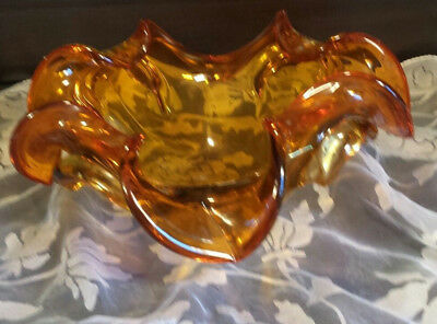 Stunning Vintage Lobed Amber / Honey Murano Art Glass Bowl Italy Hand Blown