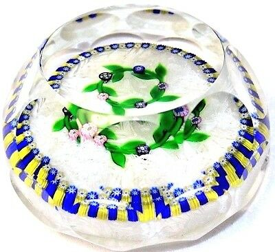 Gorgeous PERTHSHIRE Floral WREATH Millefiori GARLAND Art Glass PAPERWEIGHT