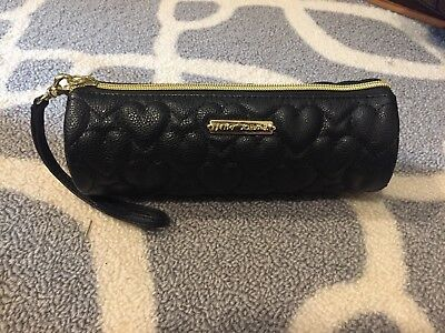 f6ab0eb4412 BETSEY JOHNSON QUILT Gold HEARTS MAKE UP COSMETIC BAG CLUTCH WRISTLET BLACK  EUC
