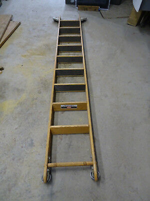 Putnam Rolling Library Ladder 9' long