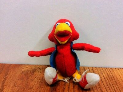 "RED ROBIN Restaurant ~ Bird 4-1/2"" Plush Stuff Animal with tag ~ Statue Figurine"